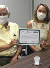 Adagri entrega primeiro Certificado de Adesão ao SISBI-POA a uma fábrica de laticínios